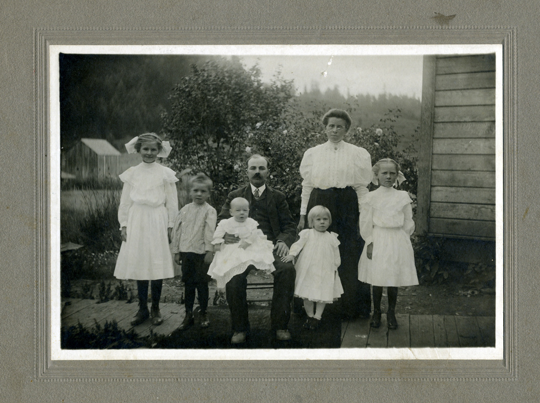 George and Christina Bauer Family