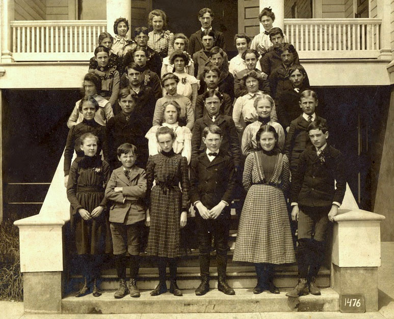D.P. Thompson School class of 1901