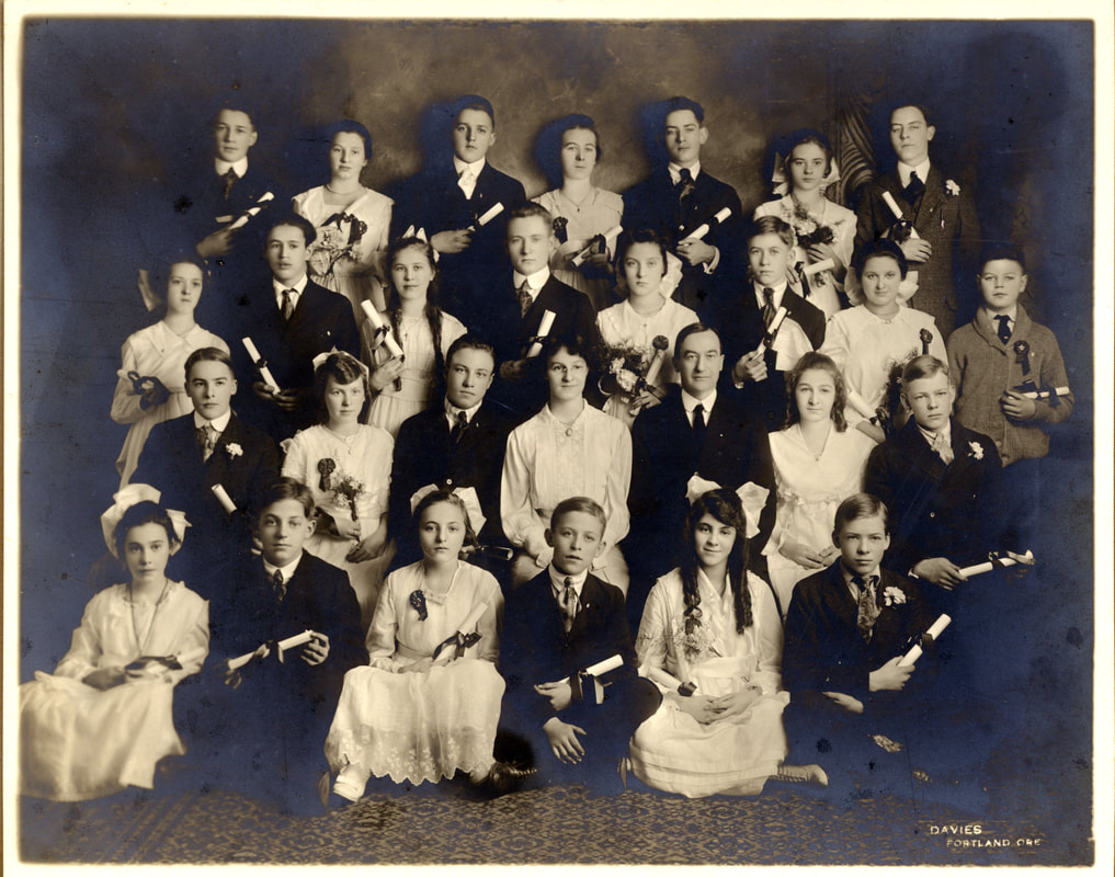 Albina Homestead School 8th grade graduating class of 1919
